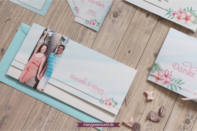 Hochzeitseinladungen mit Fotos, Einladungskarte mit Foto-Banderole | marygoesround.de