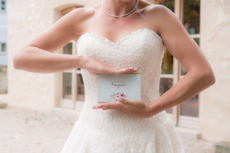 Hochzeitsinspiration: Märchenhochzeit im Schloss (Styled Shooting, Schoss Hofstetten), Willst du meine Trauzeugin sein? | marygoesround.de