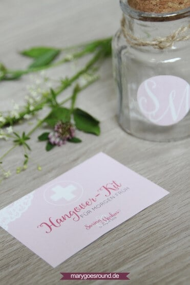 Hochzeitsset mit weißer Spitze, rosa (Aufkleber für Gastgeschenke, Hangover-Kit) | marygoesround.de