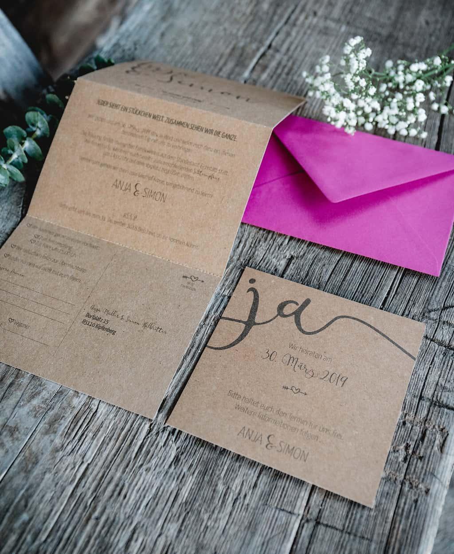 Hochzeitsinspiration Red Velvet, Hochzeitseinladung und Save-the-Date-Karte aus Kraftpapier | marygoesround.de