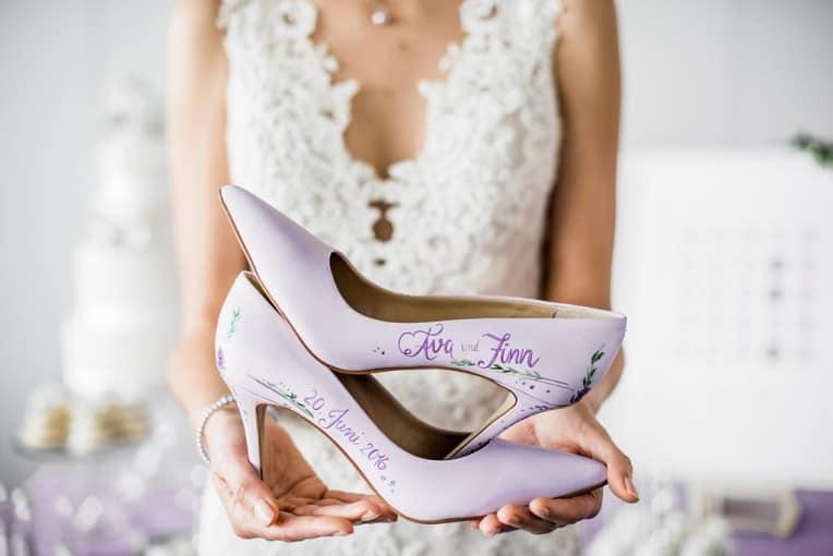 Hochzeitsinspiration Lilac Gray Grau Kusst Lila Marygoesround De
