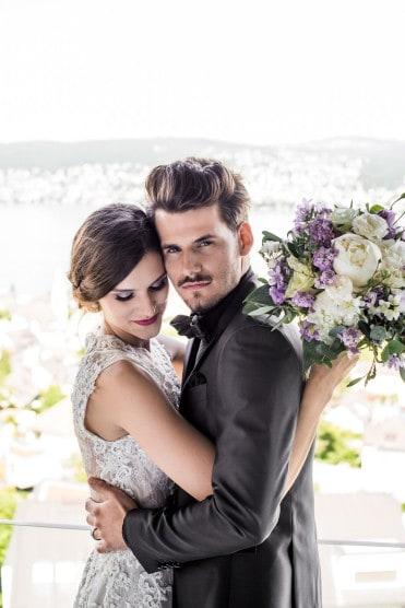 Hochzeitsinspiration: Grau küsst Lila (Zürichsee), Brautpaar | marygoesround.de