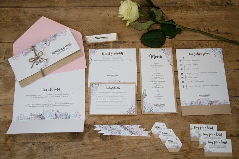 Hochzeitsinspiration: Boho-Backyard-Wedding / romantische Gartenhochzeit, Hochzeitspapeterie - Komplettset | marygoesround.de