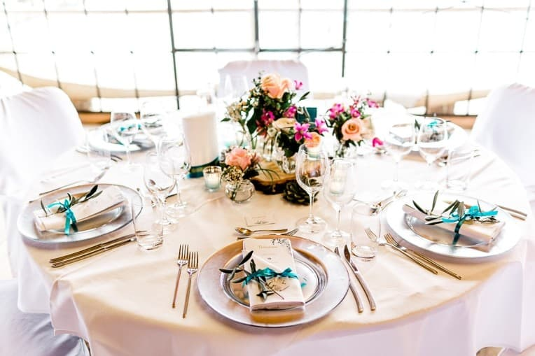 Hochzeitsinspiration: Frühlingserwachen am Tegernsee (Tischdekoration) | marygoesround.de