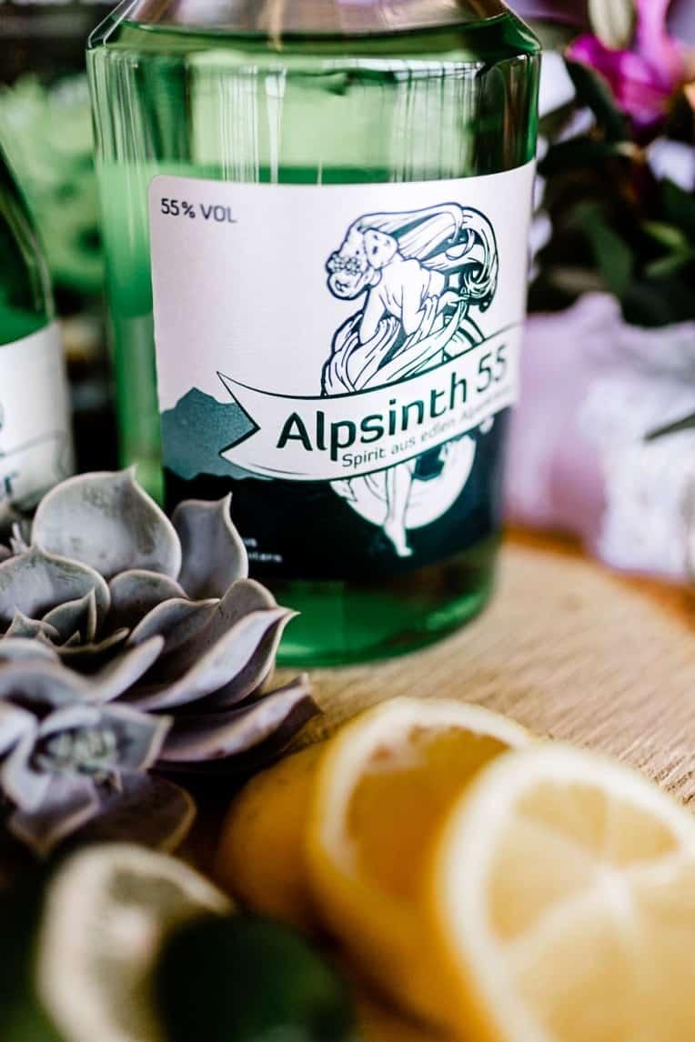 Hochzeitsinspiration: Frühlingserwachen am Tegernsee (Catering, Alpsinth) | marygoesround.de