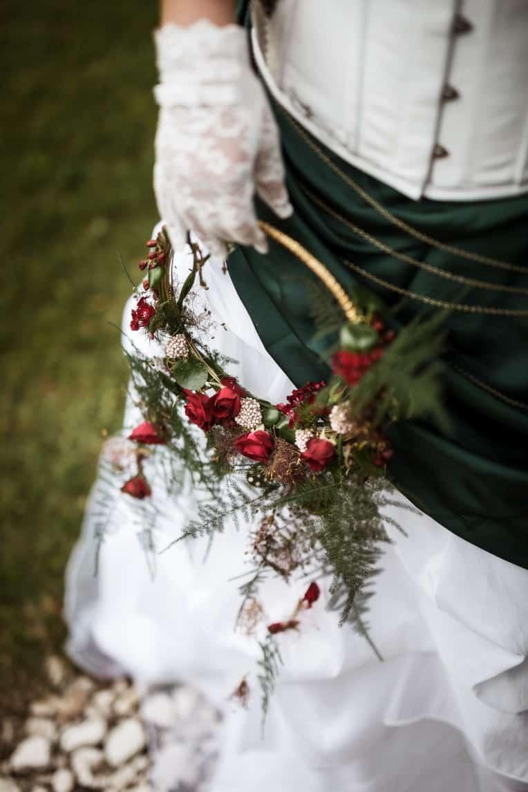 Hochzeitsinspiration: Steampunk, Alternative zum Brautstrauß / Blumenkranz | marygoesround.de