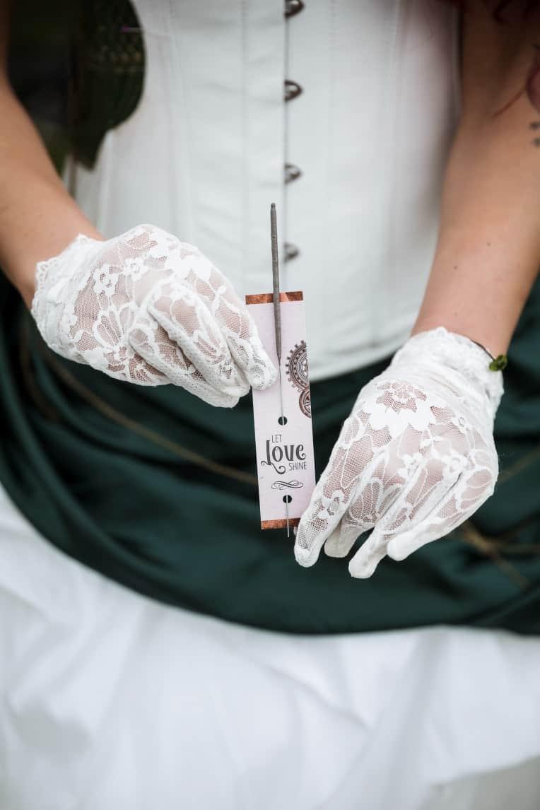 Hochzeitsinspiration: Steampunk, Wunderkerzen | marygoesround.de