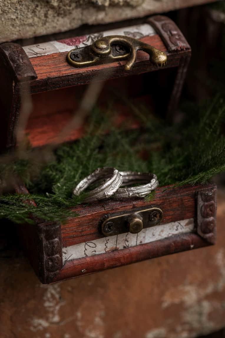 Hochzeitsinspiration: Steampunk, Eheringe / Trauringe, Ringschatulle | marygoesround.de