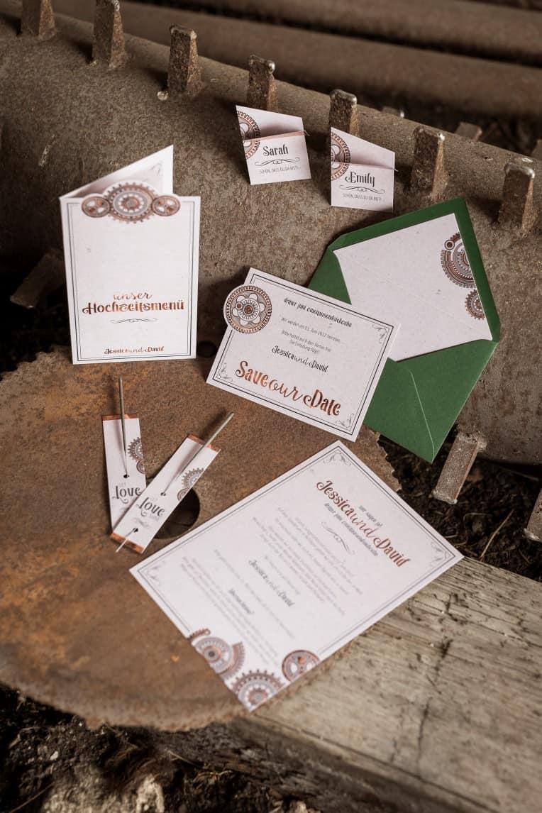Hochzeitsinspiration: Steampunk, Hochzeitspapeterie / Hochzeitskarten | marygoesround.de