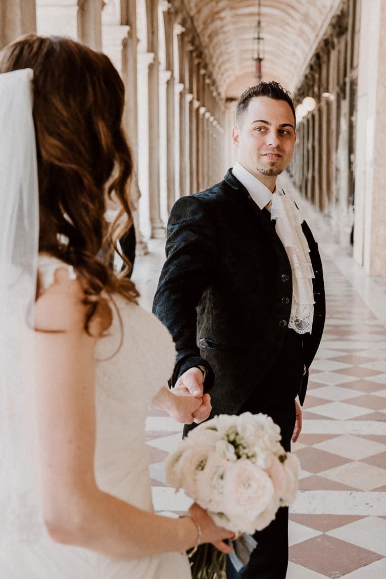 "Hochzeitsinspiration ""Amore Mio"" - Venedig, Brautpaar-Shooting | marygoesround.de"