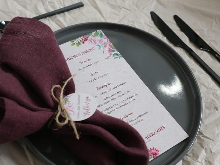 Menükarte für festliches Hochzeitsmenü | marygoesround.de