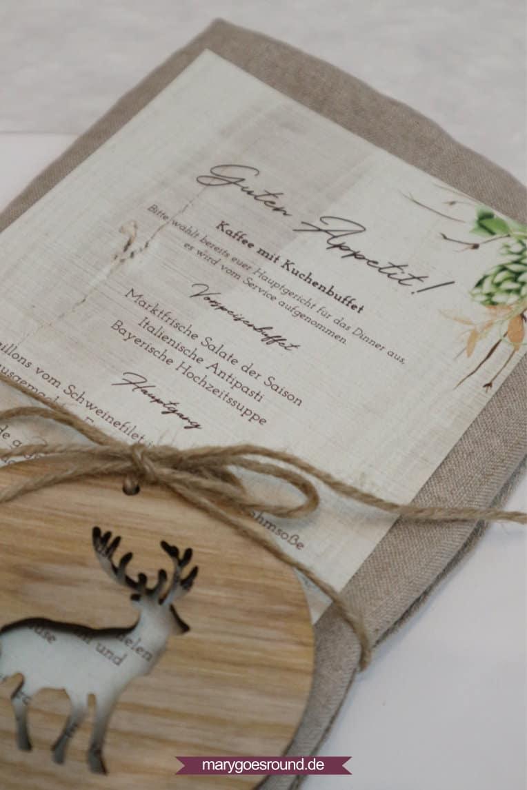 Menükarte für eine rustikale Hochzeit - Mischung aus Buffet und Hochzeitsmenü