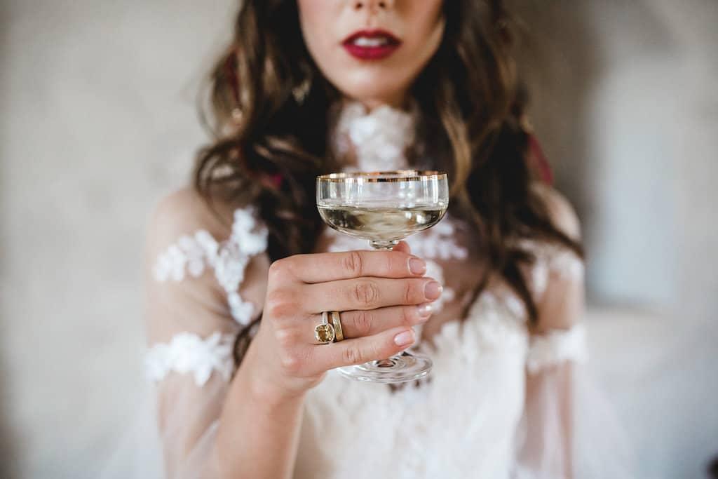 Hochzeitsinspiration: Boho Finesse, Marsala-Gold, Champagner | marygoesround.de