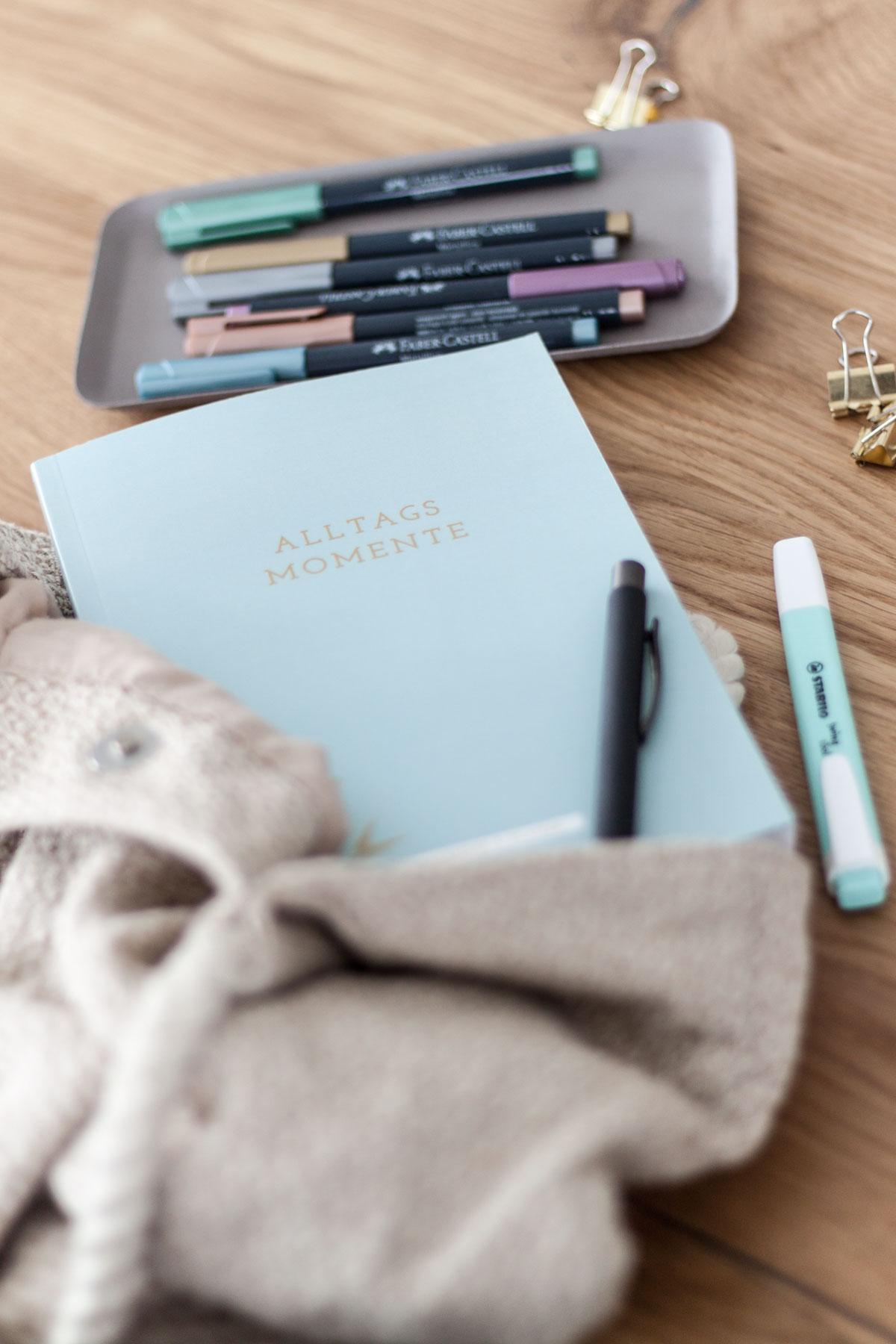 Planer/undatiertes Kalenderbuch ALLTAGSMOMENTE