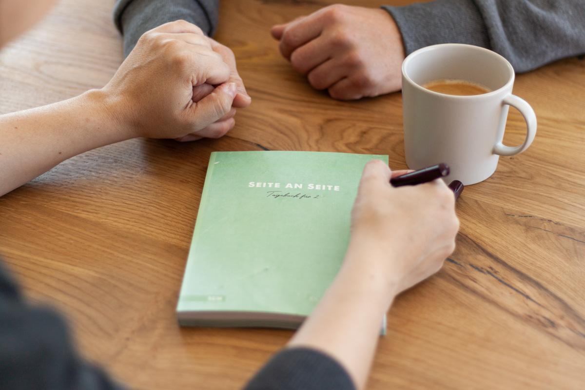 """""""Seite an Seite"""" Paar Tagebuch für die Beziehung"""