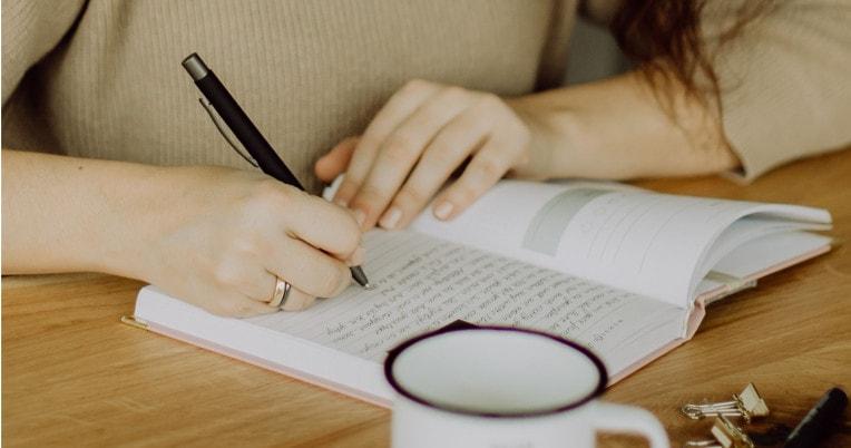 Gute Vorsätze durchhalten mit einem Journal | marygoesround®