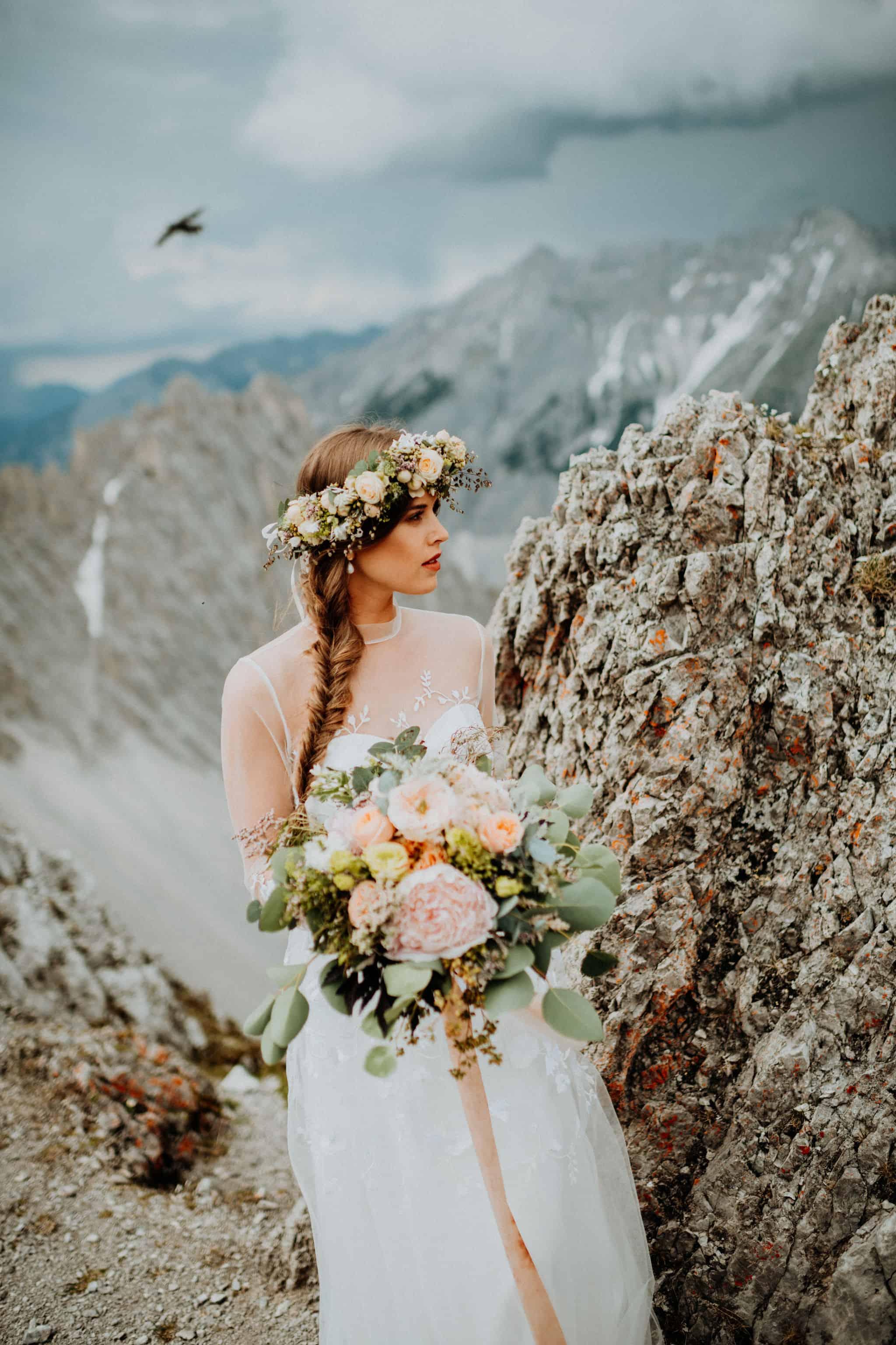 Hochzeitsinspiration Alpenglanz - Heiraten in den Bergen: Brautshooting
